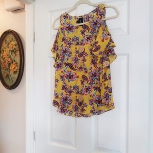 Yellow paisley cold shoulder to